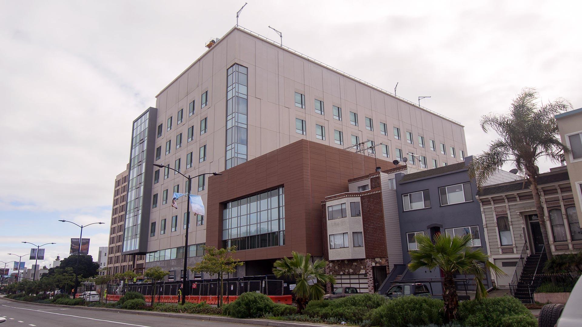St. Luke's Hospital - San Francisco - street view