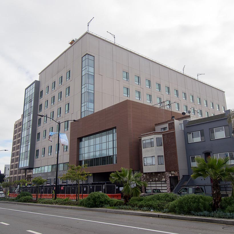 St. Luke's Hospital - San Francisco