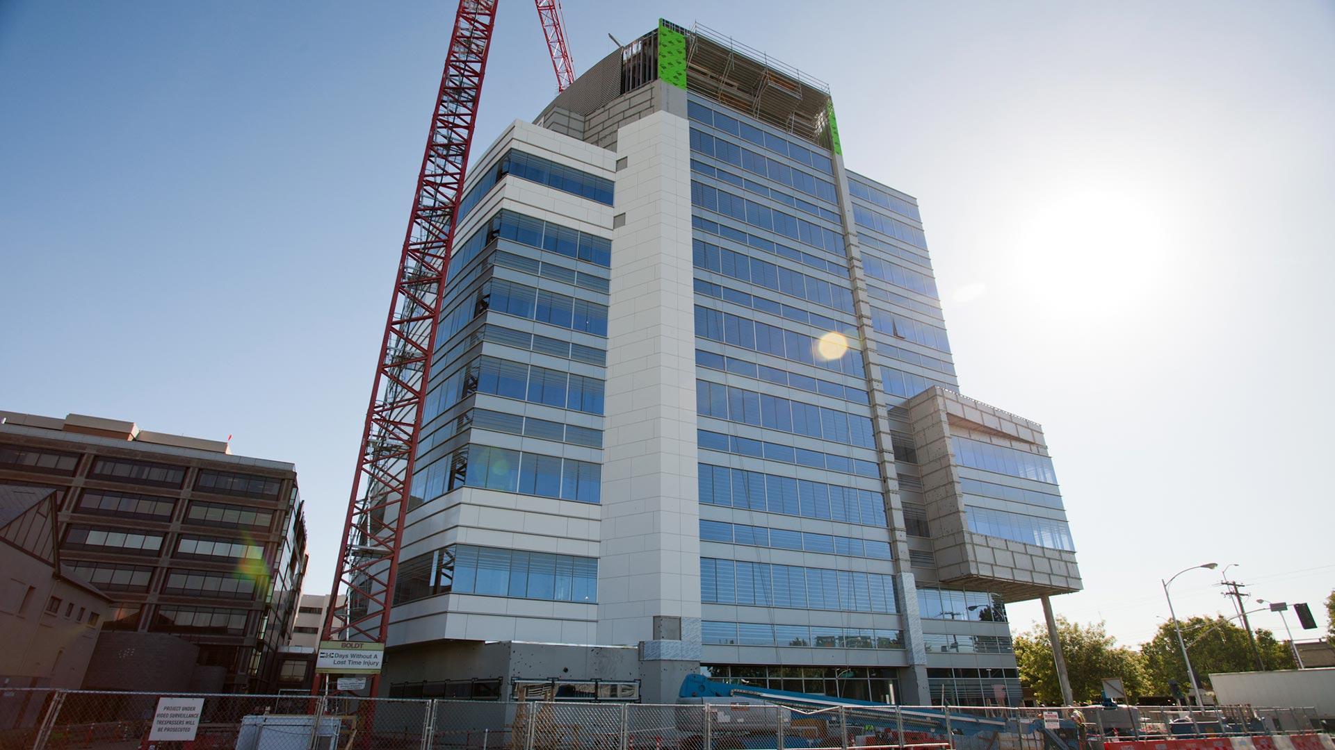 Sutter Health Medical Center - Sacramento - Under Construction
