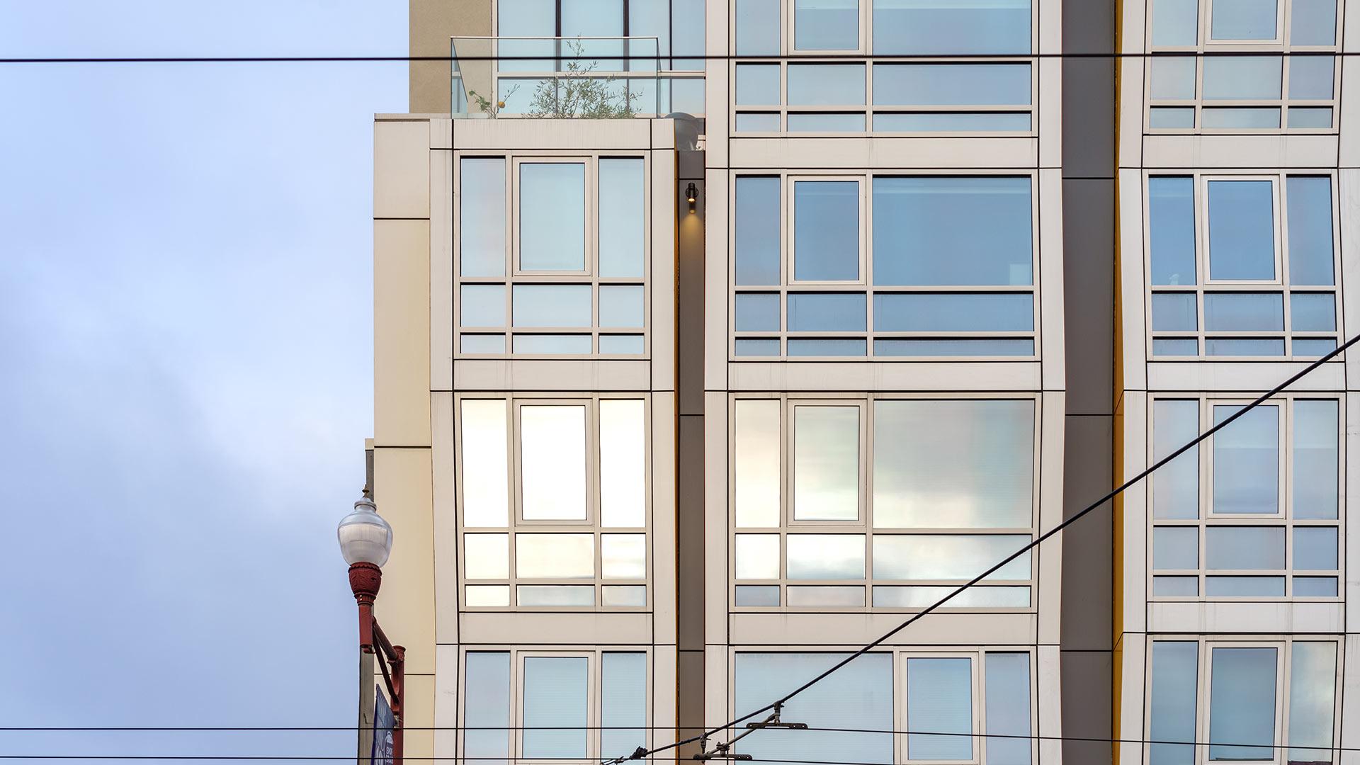 Vida Building - San Francisco - Close Up