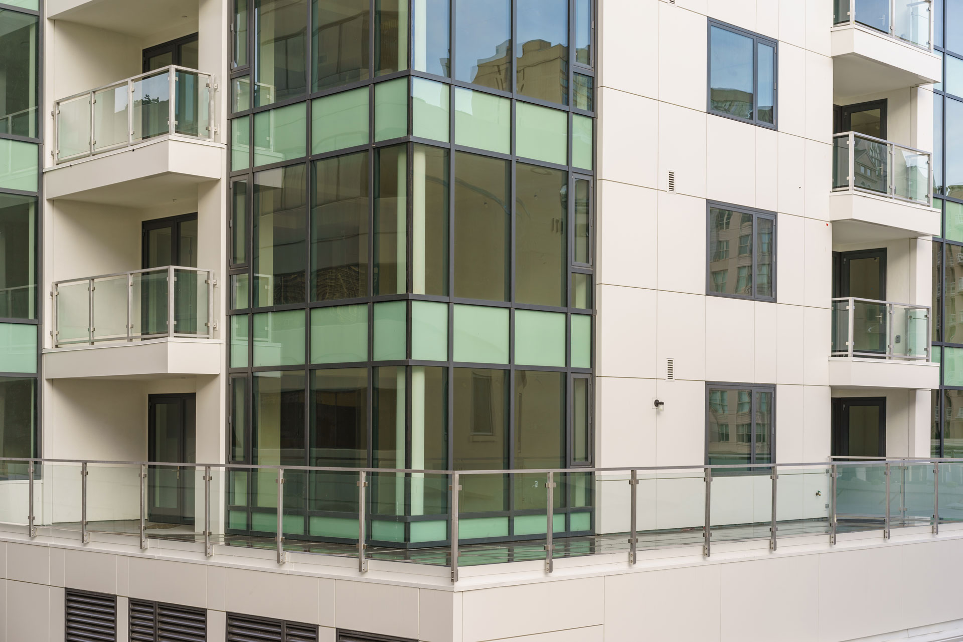 1450 Franklin Glass Wall and Railings