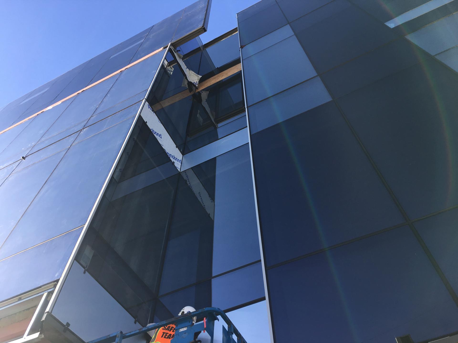 Santa Monica Gateway Gallery Exterior 2